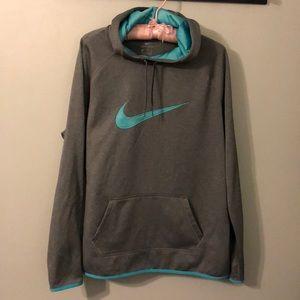 Nike Dri-fit hoodie/pullover